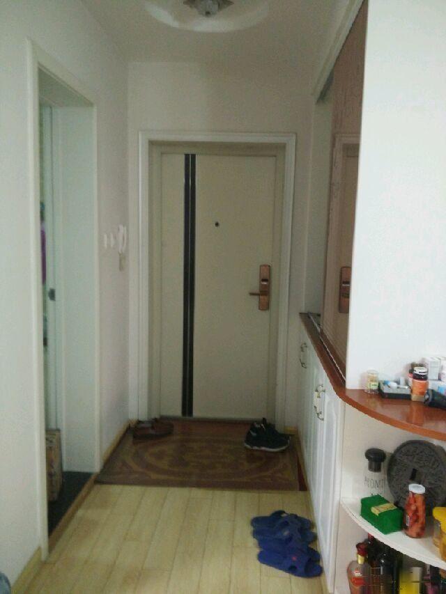 温哥华国际花园 3室2厅2卫