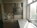 明厅三室 室内干净 有整体厨房 卫生间有热水器 有电视 一年