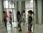 爵士钢管舞蹈平台舞民族舞街舞零基础终身学习包学会包分配工作