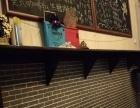 3米长0.3米宽的靠墙条几+1.2米黑板*2