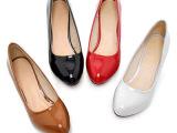 2013新款四季鞋圆头粗跟女单鞋工作鞋黑色漆皮中跟鞋白色护士鞋