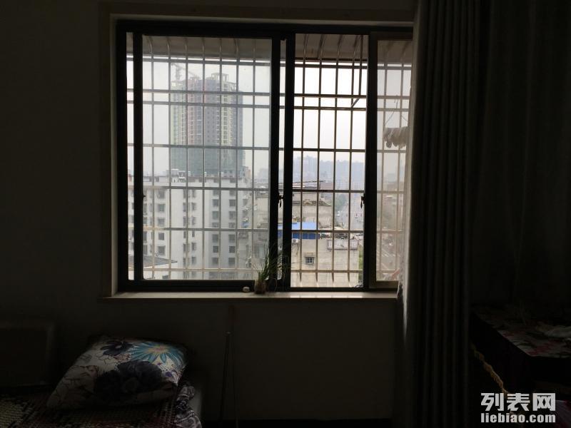 1室 1厅 70平米 整租