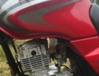 **铃木GSX125摩托车