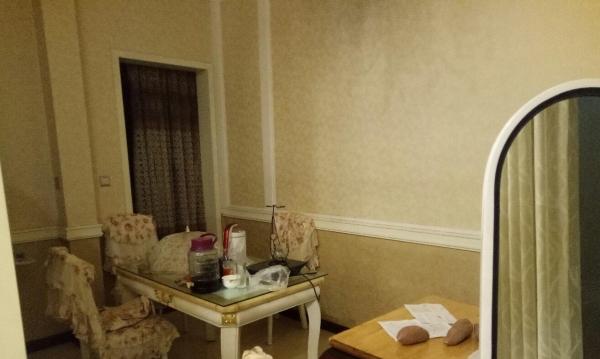 长安西客站 三室两厅双卫精装修 房东诚心出租