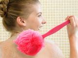 玫红 炫彩沐浴刷 长柄柔洗澡浴球刷子后背刷可挂式搓澡搓背刷138g