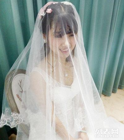 中式婚纱礼服,欣薇婚纱,新娘跟妆