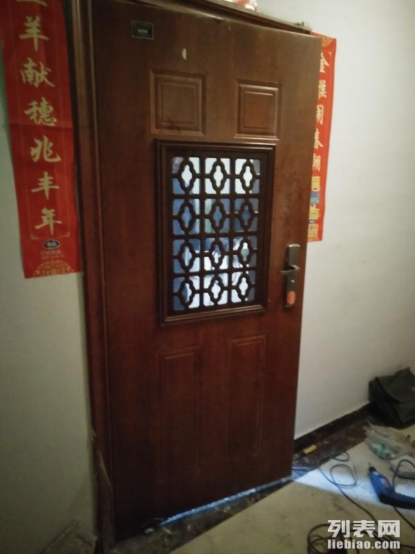 专业防盗门加装通风窗