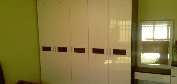 曲阜书院街小学附 4室2厅 180平米 精装修 年付
