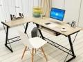 简约的办公桌应该会减轻你的工作压力吧!