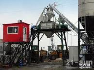 河池市三一中联混凝土搅拌站混凝土输送泵混凝土臂架泵车载泵出租