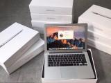 苹果13.3寸超薄Air,店面样机,没拆没修,店保一年
