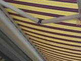 出售伸缩雨棚一套,长8米宽3米左右,八成新