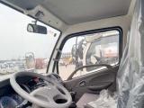 转让 油罐车东风国五东风8吨加油车按揭包牌送车