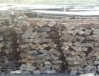 专业批发出售木方子 铁跳板 木跳板等 大量回收工地建筑材料