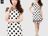 韩版夏季女装 经典黑白圆点性感蕾丝拼接品牌连衣裙 女装微信货源