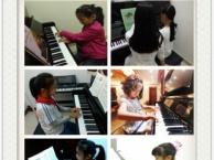 新坡塘钢琴培训班深圳横岗商业街学钢琴培训机构
