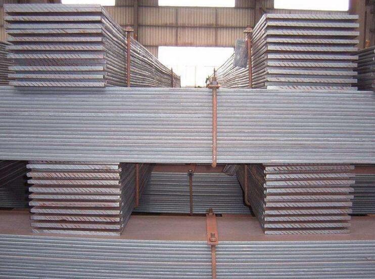 大连钢材现货-规格方管-角钢-槽钢-圆钢