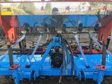布海镇二手机械大型玉米播种机悬浮式玉米播种机图片