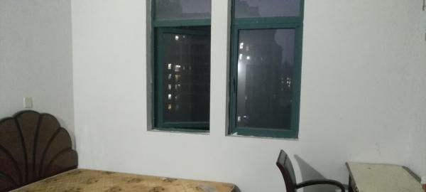 400包宽带家电全新热水器洗衣机冰箱的单间带独立卫生间