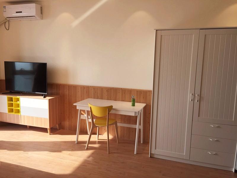 下沙 四季广场 1室 1厅 55平米 整租