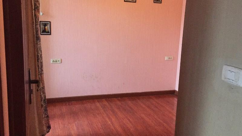 杨家坪 盛仁汇大厦 1室 1厅 精装,低价出租!急!急!