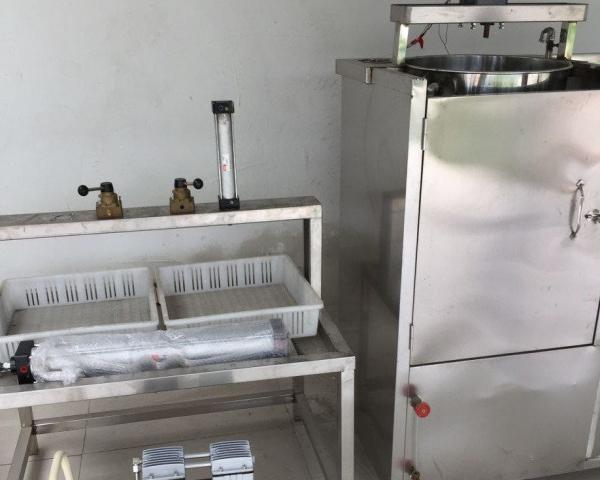 酒店小型做油皮的设备手工豆皮的制作机器全自动豆腐机