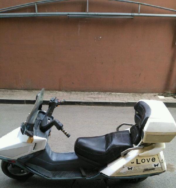 出售250春风水冷大船摩托车
