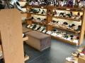 旧货柜(鞋类)出售