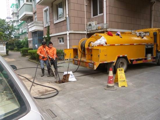费县疏通下水管道高压清洗管道专业抽淤泥吸污工程