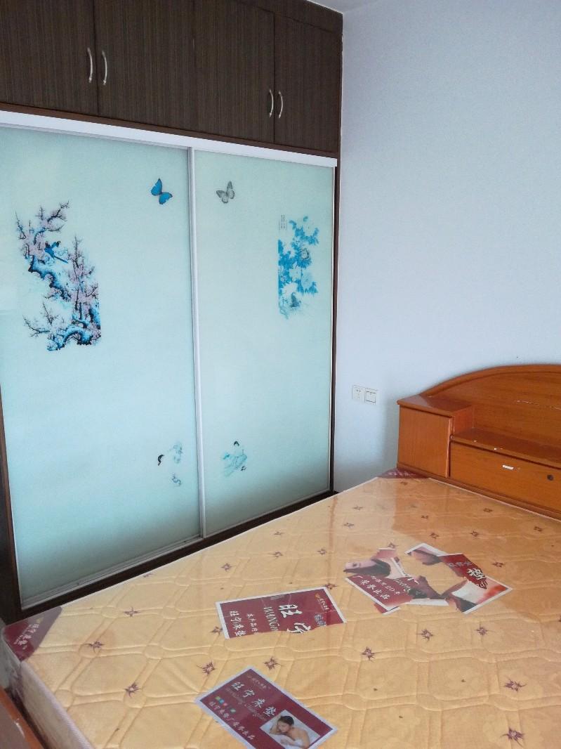 东沟岭 皇龙新城 3室 2厅 125平米 整租