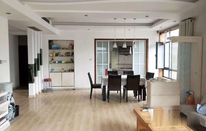 黄海北区精装修三居室打头房单价13000买到就是赚到