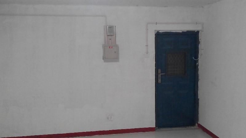 燕郊个人半地下室库房出租100元-300元每月