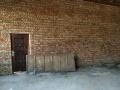 上八里村西边 仓库 170平米年付一万
