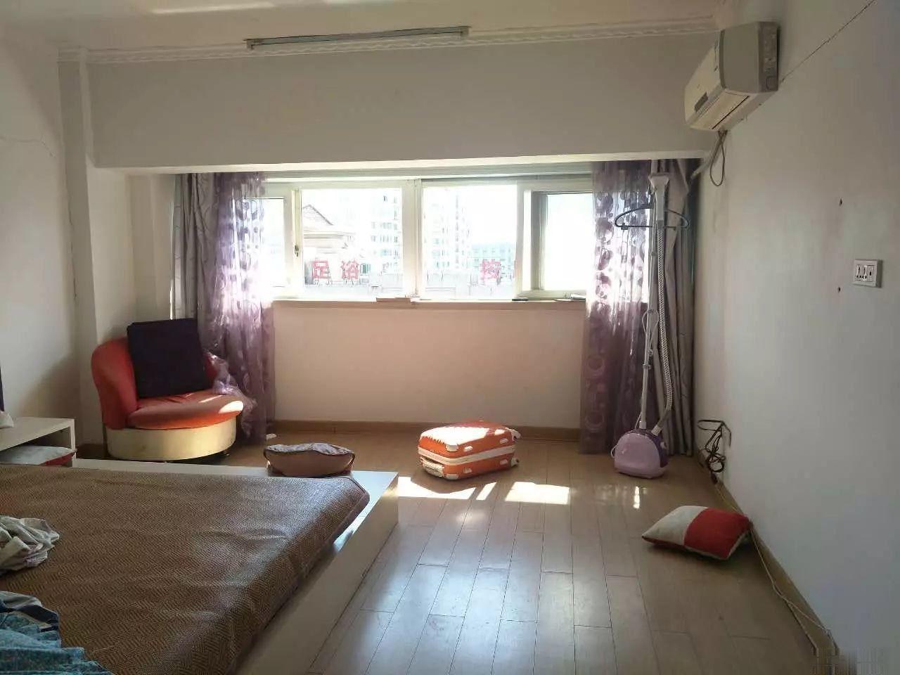 望海复式简单装修两室一厅可拎包入住 采光好 户型方正产证