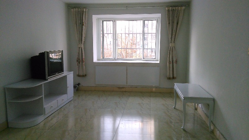 泰前 岱下华庭 3室 2厅 120平米 整租