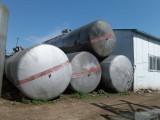 沈阳出售油罐,火车罐,压力罐,水泥罐,白钢罐,运输