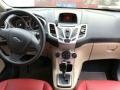 福特 嘉年华两厢 2009款 1.5 自动 时尚型