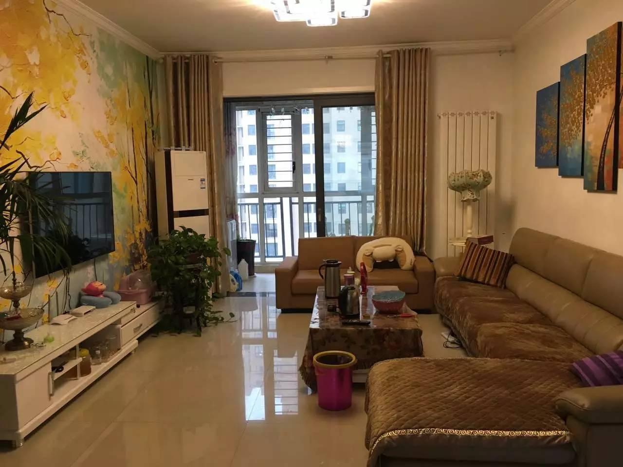 湖滨路 蓝湾新城 3室 2厅 137平米 出售