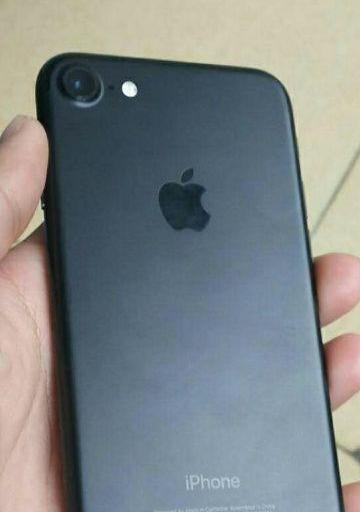 苹果7 磨砂黑