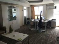 国际企业中心 全新装修带办公家具 稀缺江景朝南户型