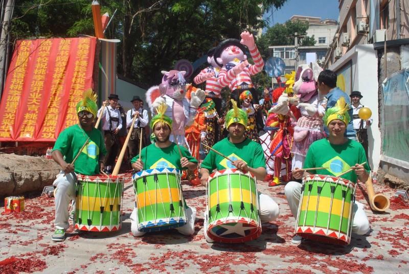 北京演出公司最新最有创意的外籍弹奏乐队巡游团队