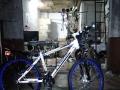 26寸山地锂电自行车 续航30公里 可根据客人要求定制 改装50