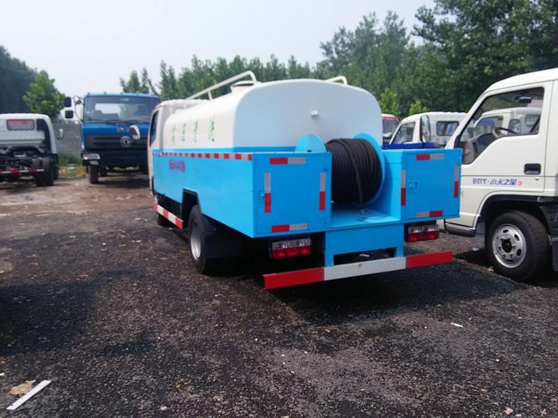 转让 工程车 百辆二手洒水车现车出售10吨工程用洒水车多少钱