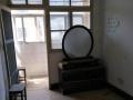 东城河一室一厅46平简装800元/月