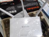 腾达F3光纤无线路由器穿墙王迷你wifi有线4口路由器家用宽带3
