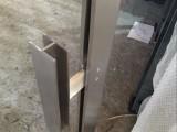 成都超有名气的异型304不锈钢立柱.护栏实图