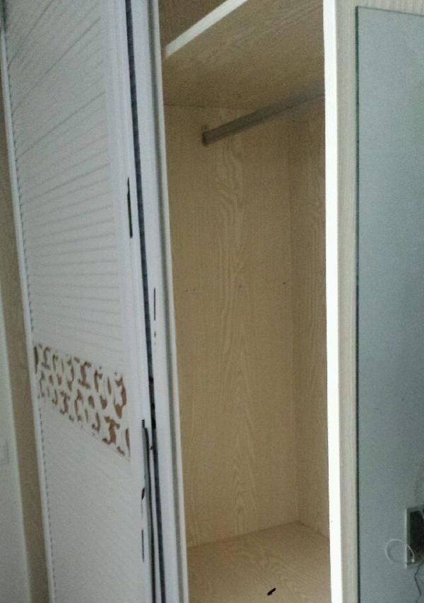 亭湖 涌鑫公寓 1室 1厅 30平米