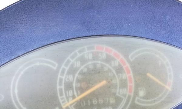 个人骑成新南方雅马哈踏板摩托车转让,省油好骑