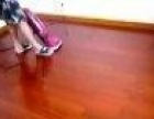 实木地板上油打蜡