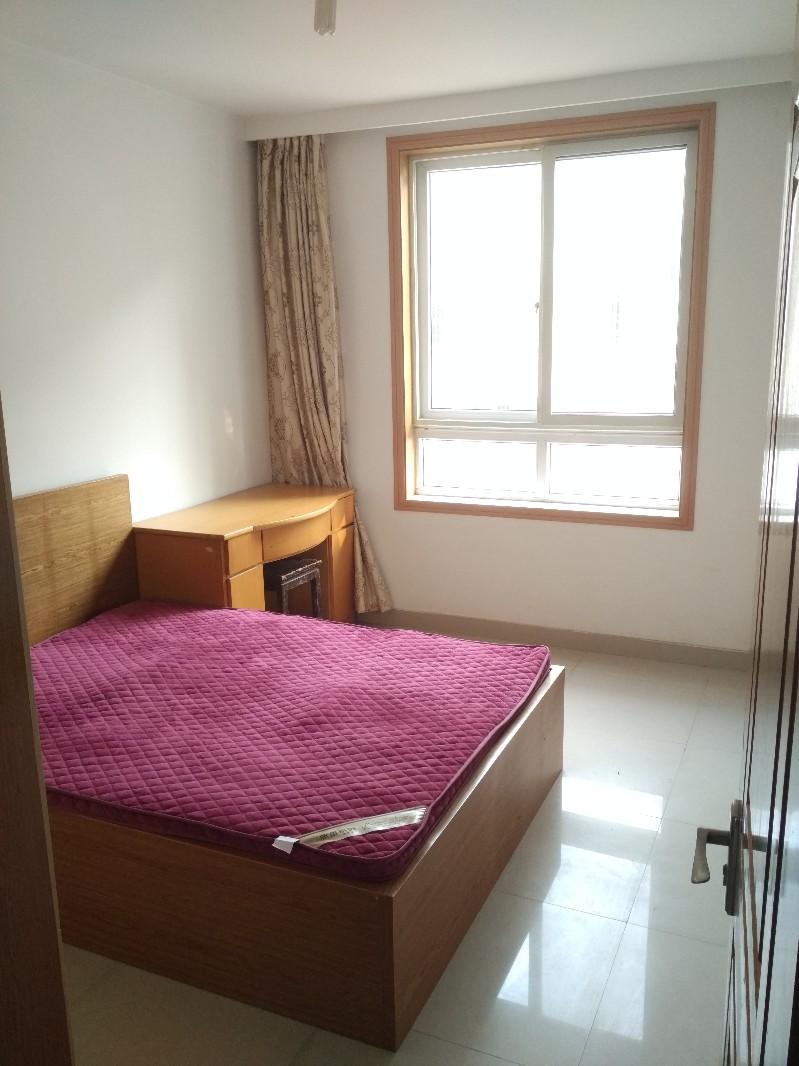 湖东 莲花新村 2室 1厅 72平米 整租